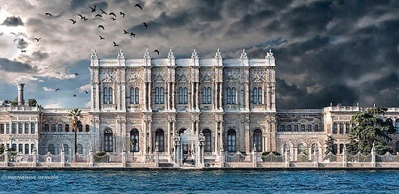 Dolmabahçe Palace has the largest number of crystal chandeliers in the world.