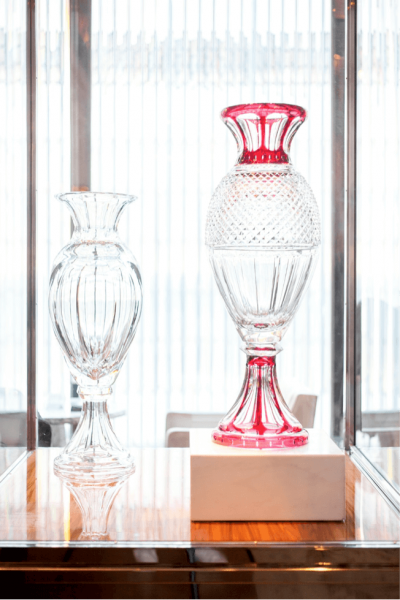 The Harcourt Red Grand Genre vase adorned with the well-known flat cut from the crystal service born in 1841.