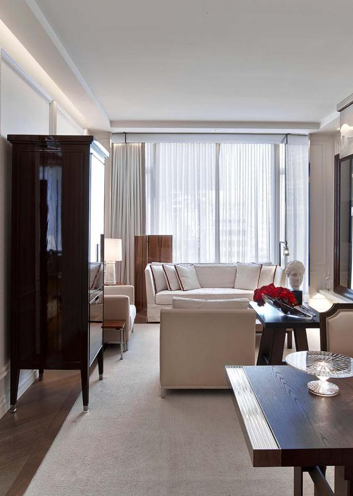The living room of the Harcourt Suite at Baccarat hotel