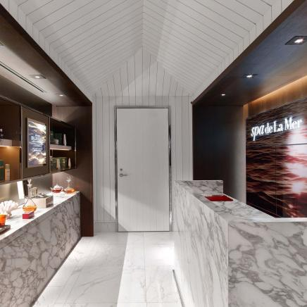 The front desk of Spa de la Mer, Baccarat hotel