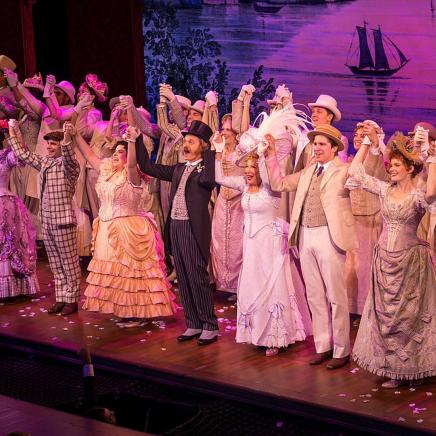 Acces Exclusif | Hello, Dolly!